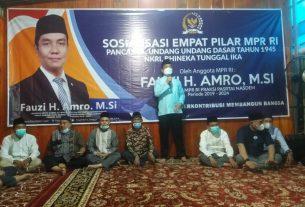 Anggota MPR Fraksi Nasdem, Fauzi H Amro MSI, ketika menjadi narasumber Sosialisasi Empat Pilar di Lubuklinggau, Sumsel.
